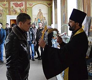 Владимир получает благословение в армию